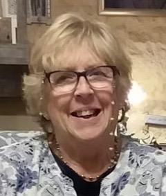 Gloria Miles